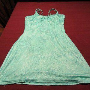 Womens Mountain Hardwear Green Floral Print Dress